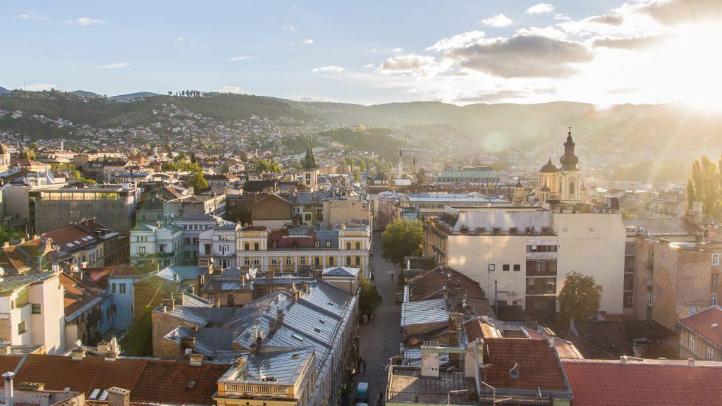 Sarajevo uitzicht vanaf Hotel Hecco Deluxe